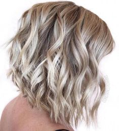 Wavy blonde lob blonde angled bob, wavy lob, curly angled bobs, curly l Blonde Angled Bob, Curly Angled Bobs, Wavy Lob, Inverted Bob, Lob Curly Hair, Stacked Bobs, Wavy Curls, Layered Bobs, Angled Bob Hairstyles