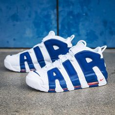 """212 Beğenme, 3 Yorum - Instagram'da BASKETBALL, SNEAKERS, APPAREL (@kickz93): """"EWING The Nike Air More Uptempo 'Knicks' is available now on KICKZ.com! #nike #air #more…"""""""