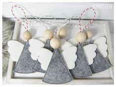 ITH angel pendant Best Picture For christmas merry For Your Taste You are looking for something, and it is going to tell you exactly. Clay Christmas Decorations, Felt Christmas Ornaments, Christmas Angels, Christmas Projects, Felt Crafts, Holiday Crafts, Christmas Time, Simple Christmas, Handmade Christmas