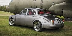 A production version of a redesigned Jaguar Mark 2 will go on sale. The car, tweaked by Jaguar& head designer Ian Callum for his own personal use, will be priced between and redesigned… Classic Cars British, British Sports Cars, Best Classic Cars, Jaguar Type E, Jaguar Xj, Jaguar Cars, Jaguar Daimler, Automobile, Xjr