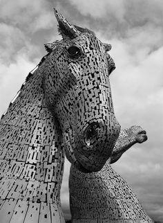 Giant Kelpies Horse Head Sculptures Tower Over the Forth & Clyde Canal in Scotland sculpture Scotland horses Artist Andy Scott Horse Head, Horse Art, Street Art, Colossal Art, Horse Sculpture, Animal Sculptures, Equine Art, Outdoor Art, Public Art