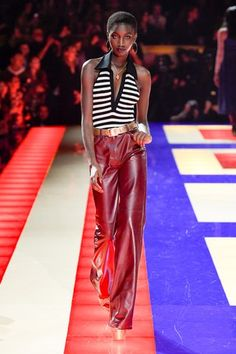 See all the Collection photos from Tommy Hilfiger Spring/Summer 2019 Ready-To-Wear now on British Vogue Fashion 2020, High Fashion, Fashion Show, Womens Fashion, Club Fashion, Black Female Model, Female Models, Tommy Hilfiger Looks, Street Style Women