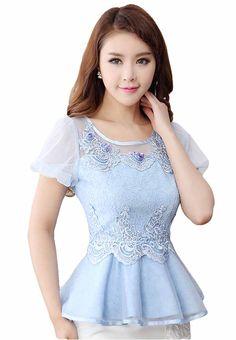 เสื้อลูกไม้แฟชั่นเกาหลี แต่งผ้าแก้วเอวระบายใส่ออกงานมงคลสวยหรูมาก นำเข้า ไซส์LและXL สีฟ้า - พร้อมส่งTJ7423 ราคา1100บาท Sara Fashion, Casual Dresses, Fashion Dresses, Fancy Tops, Circle Dress, Kids Frocks, Scarf Dress, Baby Girl Dresses, Kawaii Fashion