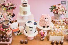 Blog Encontrando Ideias 2nd Birthday Party For Girl, Girl Birthday Decorations, Cowgirl Birthday, Cowgirl Party, Farm Birthday, Barnyard Party, Farm Party, Birthday Party Ideas, Ideas Party