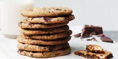 Mini Sesame Chocolate Chip Cookies 47 Weight Watchers Desserts That Don't Suck Dessert Ww, Ww Desserts, Weight Watchers Desserts, Dessert Recipes, Baking Recipes, Cake Recipes, Ww Recipes, Quick Recipes, Light Recipes