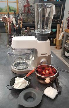 Frozen yogurt με γεύση φράουλα   Συνταγή   Argiro.gr