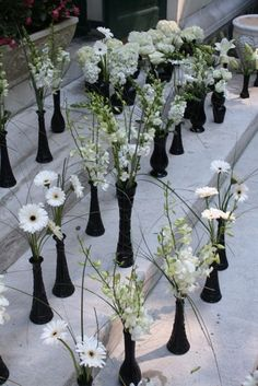 Black vase in different heights with white flowers low tables black and white bud vases by belvedere flowers could spray paint dollar tree vases black and use white black eyed susans mightylinksfo Image collections