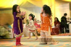 style.pk wp-content uploads 2015 12 Kids-Fancy-dresses-2016-in-Pakistan-2.jpg