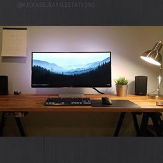 """*Tag a Friend who wants this!* - *Follow for your daily Battlestation fix* - <Hardware Partners!> =@asphalt_pc= - <<To be featured email a highres photo…"""