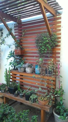 28 Creative Ways to Cover Your Patio Small Backyard Gardens, Backyard Garden Design, Backyard Patio, Outdoor Gardens, Vertical Garden Design, Small Garden Design, Yard Design, Side Garden, Lawn And Garden