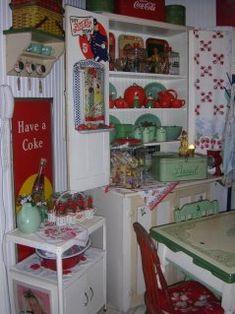 Cheryls * Cottage * Home: My 50s Cottage Kitchen