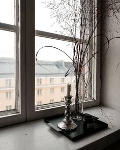 "55 tykkäystä, 4 kommenttia - Tinka Riesen (@studiotinkariesen) Instagramissa: ""Details.  #interiordetails #design #decor #homedecor #stilllifestyling #calm #nordicmood…"" Oversized Mirror, Interiors, Furniture, Instagram, Design, Home Decor, Decoration Home, Room Decor, Home Furnishings"