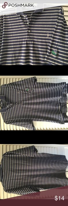 Men's Polo Golf striped shirt sleeve golf shirt L Super soft cotton makes this Polo Golf by Ralph Lauren golf shirt oh so comfy!  Done in classic gray & navy stripes, the navy collar is trimmed in gray.  Gray Polo logo is on chest & sleeve is embroidered with the logo of the Ridgewood Country Club. Very nice pre-loved condition.  The collar has no fraying but some very slight pilling where it folds over, at the back of the neck. It's barely noticeable & can be removed but I like to be…