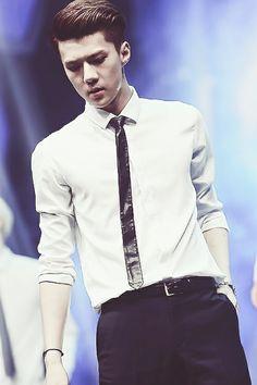 So handsome sehun Sehun, Exo K, 2ne1, Btob, Chambelan, Asian Boy Band, Sung Joon, Exo Facts, Hunhan