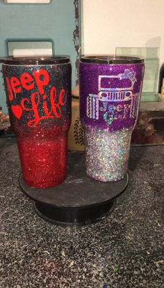 Jeep Girl and Jeep Life Tumbler - Girls Tumbler, Tumbler Cups, Cricut Tutorials, Good Tutorials, Custom Hydro Flask, Jeep Clothing, Girls Cup, Jeep Stickers, Jeep Wave