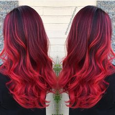 Christmas Red color design by @stevievincenthairartistry ❤️ #hotonbeauty #pravana