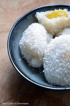 [On déguste] Perles de coco fourées à la mangue - Petite cuilliere et charentaise @Ptite_Cuillere