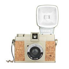 Diana F+ Cuvee Prestige Camera. Zeg nu zelf... kurk kan ik in alles worden toegepast ;-)
