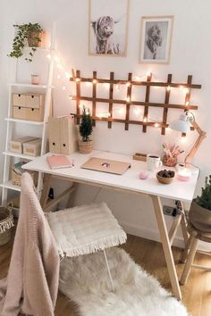 Cute Bedroom Decor, Room Ideas Bedroom, Bedroom Inspo, Office In Bedroom Ideas, Office Ideas, Small Bedroom Decor On A Budget, Cute Desk Decor, Desk Decorations, Bedroom Small