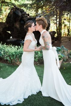 Virpi & Monika's Classic Ranch Wedding in Malibu - 2 Brides 2 Be Lesbian Love, Lesbian Wedding, Wedding Bride, Dream Wedding, Wedding Dresses, Wedding Things, Lesbians Kissing, People Kissing, Kissing Lips