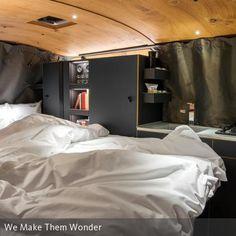 Gemütlicher Schlafbereich im VW-Bus von Designer NIls Holger Moormann #bulli #design