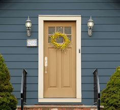Color expert, Sue Wadden, selects the 5 most welcoming exterior color combinations. View Now>. It is super easy to have … Exterior Color Combinations, Exterior Paint Schemes, Exterior Siding, Exterior Remodel, Exterior Design, Cottage Exterior Colors, Exterior Paint Colors For House, Paint Colors For Home, Navy House Exterior