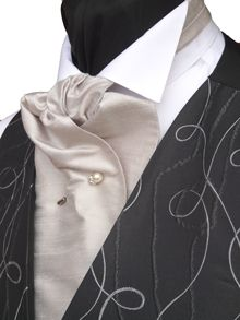 Have a look at this www.tomsawyerwaistcoats.co.uk page from the How to tie a Cravat department at Tom Sawyer Waistcoats