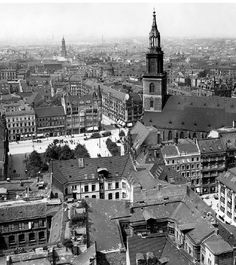 Luftbild um 1910 nach der vollständigen Freilegung der Marienkirche.