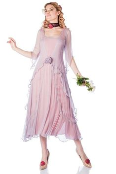 You'll look like a true 1920s darling when you step out wearing the Great Gatsby Party Dress in Mauve by Nataya Lace Tea Length Dress, Tea Length Dresses, Mother Of Groom Dresses, Mother Of The Bride, Great Gatsby Party Dress, 1920s Party, 1920s Wedding, Party Wedding, Viscose Dress