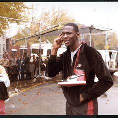 "Michael Jordan Mid Nike Air Jordan Promo Shot // Jordan Brand Announces the Return of the Air Jordan 1 Retro High ""Banned"" - EU Kicks: Sneaker Magazine Nike Free Shoes, Nike Shoes Outlet, Chicago Bulls, Jordan Shoes, Jordan Sneakers, Men's Sneakers, Michael Jordan Basketball, Jordan 23, Jeffrey Jordan"