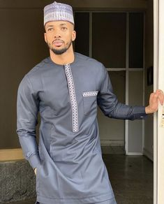 African Wear Styles For Men, African Shirts For Men, African Dresses Men, African Attire For Men, African Clothing For Men, Latest African Fashion Dresses, African Print Fashion, Mens Traditional Wear, Costume Africain
