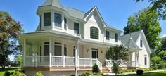 This house may look traditional but it's a modular, energy-efficient, kit home.  Photo: Westchester Modular Homes