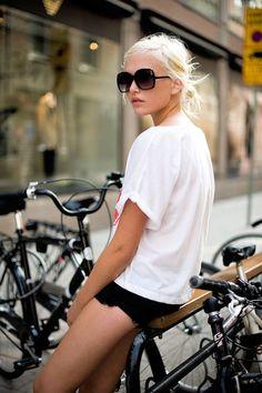 white t shirt and short shorts!