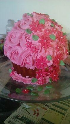 Big cupcake! Simplemente encantador #byblancab