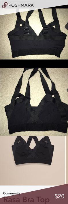 Artizia community all black sports bra Size medium Aritzia Other