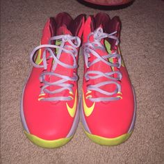 db96b8e95cc9 Kevin Durant Nikes Electric colored Bright fun shoes