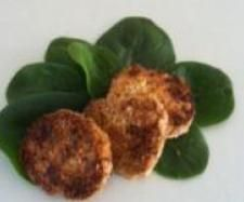 Recipe Salmon & Sweet Potato Patties by Vanessa Taylor, learn to make this recipe easily in your kitchen machine and discover other Thermomix recipes in Main dishes - fish. Fish Breading, Sweet Potato Patties, Salmon And Sweet Potato, Fresh Bread Crumbs, Fish Dishes, Main Dishes, Beef Pot Roast, Kneading Dough, Patties Recipe