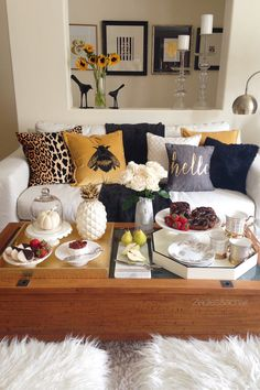 To keep it simple for my guests I like to serve desserts easily eaten with your fingers. Guests can help themselves and have a few choices for dessert. I have the dessert trays filled and ready to go before dinner. After dinner it's just a matter of placing the trays on the coffee table. All these serving pieces are from HomeGoods! Sponsored by HomeGoods