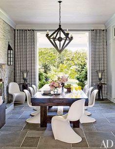 Interior Designer: Juan Montoya