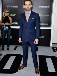 With the huge success gained by the fantasy fiction Star Trek films, it seems fair that we should do some style piece on its main character Chris Pine. Looking at how Chris dresses himself you will soon come to recognize the fact that we should have canonized him sooner than we did.