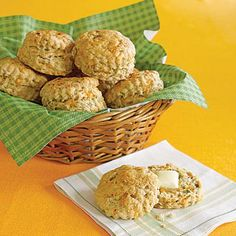 Super Bowl party recipes: Beer-and-Cheese Biscuits
