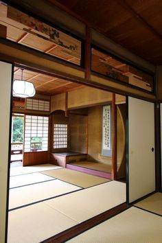 12 unique Japanese house design traditional that simple and calmness which easy to design and only need minimalist furniture. Japanese Style House, Traditional Japanese House, Japanese Interior Design, Japanese Home Decor, Japanese Living Rooms, Japanese Bedroom, Japanese Buildings, Asian House, Japan Architecture