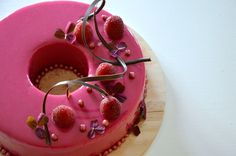 raspberry glaze cake