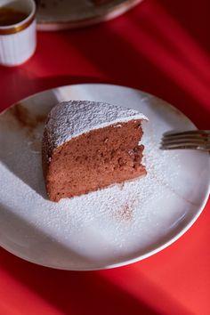 Kakaós japán sajttorta - könnyed kísértés | Street Kitchen Tiramisu, Ale, Cake Recipes, Cheesecake, Pudding, Sweets, Ethnic Recipes, Food, Protein