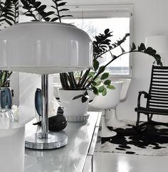 Toimiston yksityiskohtia...  #tuulafriman #kiinteistönvälitys #lkv #laatuyritys #kaunis #koti #helsinki #design #modernikoti