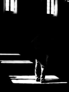 I am not there © Etienne Cabran Black N White Images, Black And White Portraits, Black And White Photography, Shadow Photos, Charcoal Art, Lost Soul, Our Lady, Light And Shadow, Cinematography