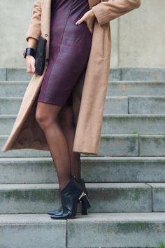 https://www.pinterest.com/tubino/dress-coco-burgundy-leatherlook/