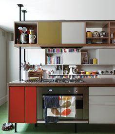 armários coloridos :D