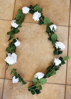 Rose Garland White