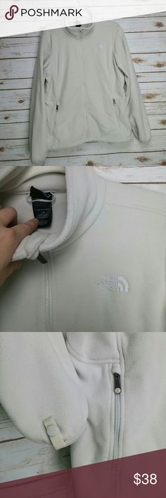 Womens The North Face jacket Pre owned in good condition. The North Face Jackets & Coats